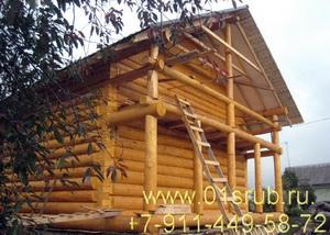 Сруб дома 6х6 строганый под рубанок. Рубка в лапу. Крыша на два ската.