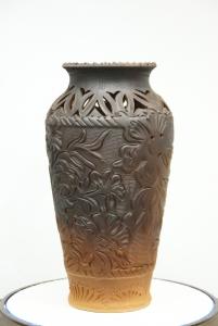 """Ваза глиняная  """"Энигма"""" (литьё, декор)."""
