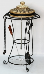 Подставка кованая для крышки тандыра без аксессуаров